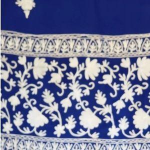 "Blue & White, 100% Merino Wool Scarf/Shawl 29"" x 7"